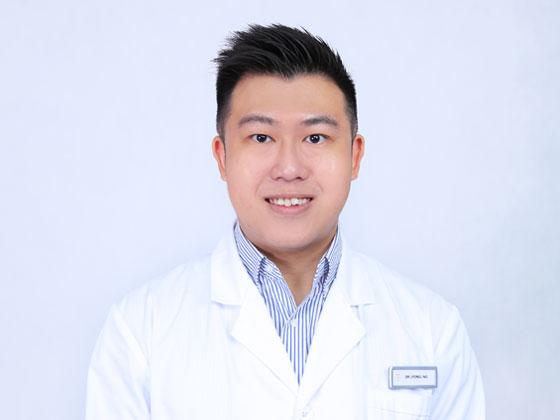 Physician Lyonel Ng